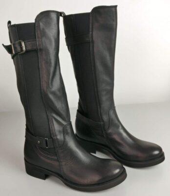 Stivali in pelle alti con fibbia nero