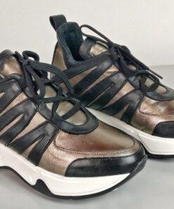 Sneakers in pelle laminata canna di fucile con inserti vitello nero