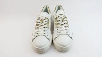 Sneakers colore bianco allacciate con glitter oro