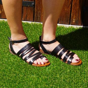 Sandali Ibiza in vera pelle con cinturino colore nero tacco 1 cm