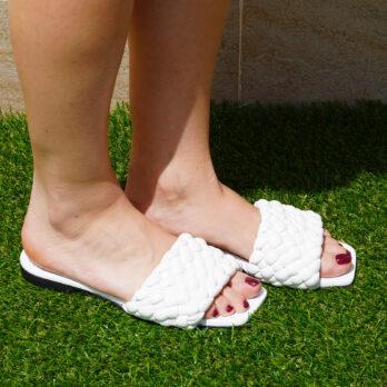 Ciabatte da passeggio in vera pelle intrecciate colore bianco tacco 1 cm