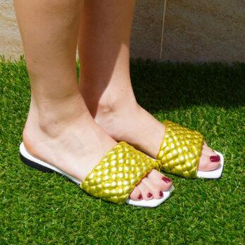 Ciabatte da passeggio in vera pelle intrecciate colore giallo tacco 1 cm