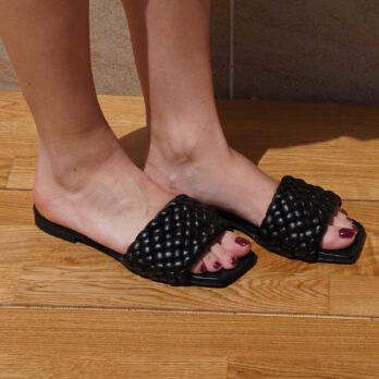 Ciabatte da passeggio in vera pelle intrecciate colore nero tacco 1 cm