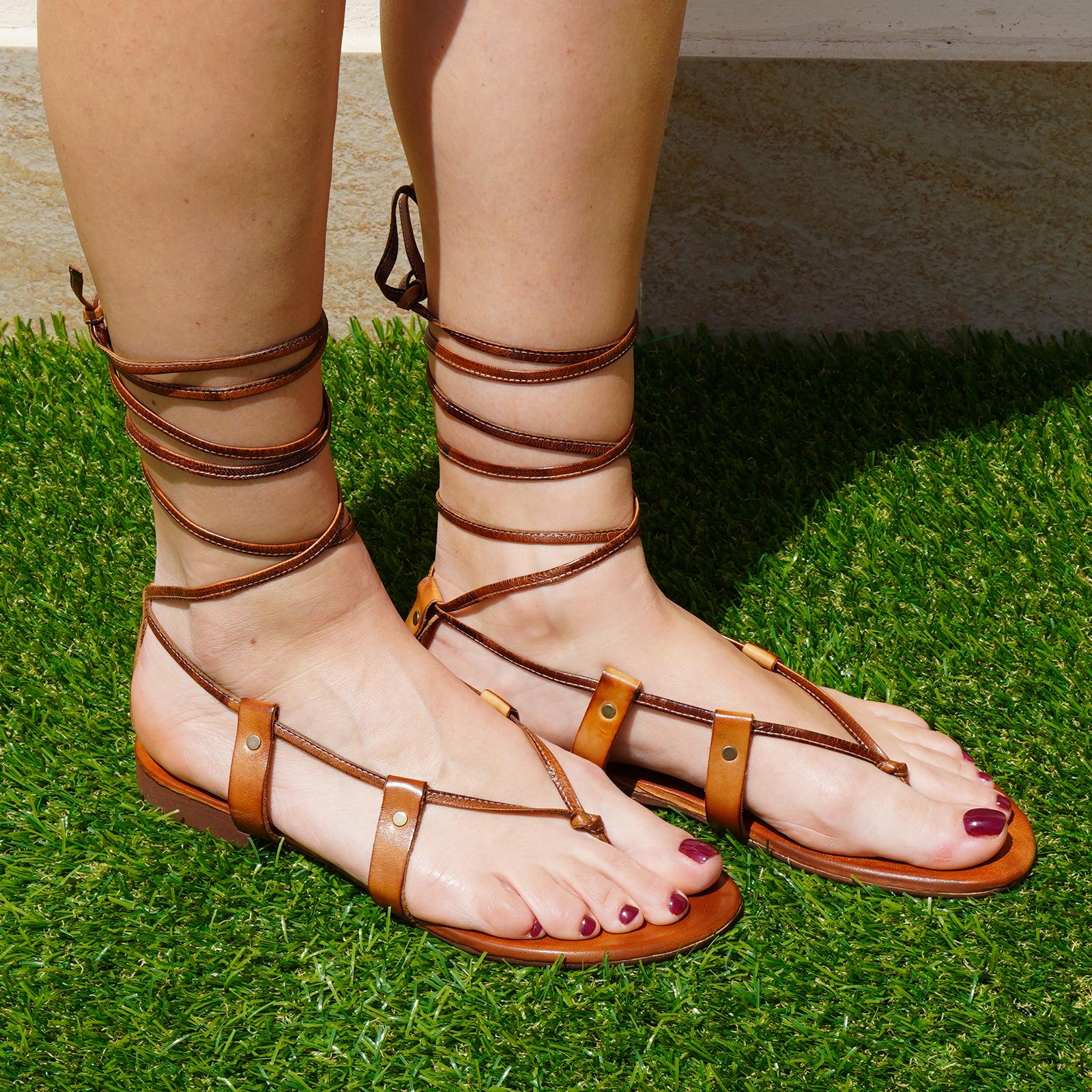 Sandali alla schiava pacha in vera pellecolore cuoio tacco 1 cm